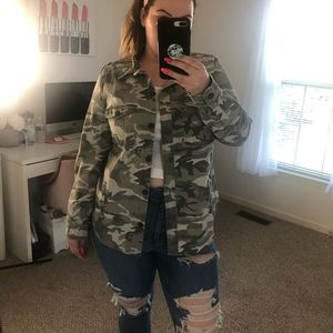 Forever 21 Plus Camo Button Up